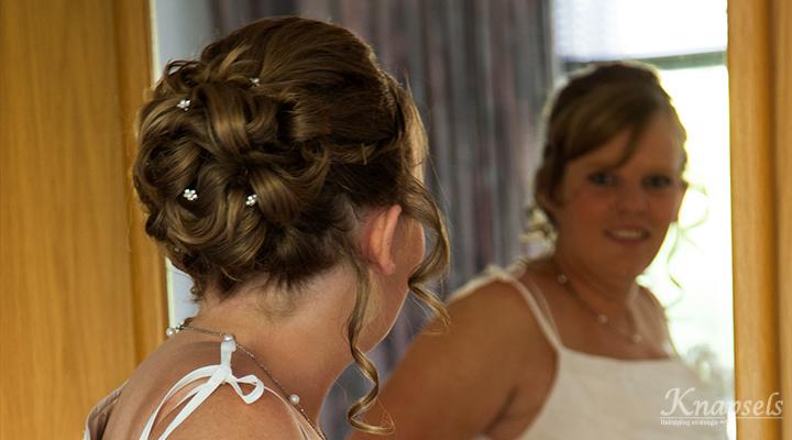 Knapsels-bruiden-inge
