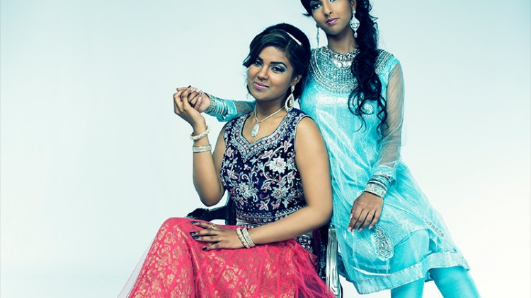 Knapsels-fotoshoot-Bollywood-duo
