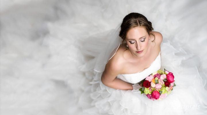 Knapsels-Bruid-Saline-makeup-dress