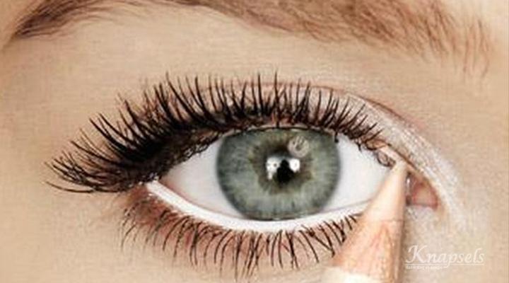 Hoe breng je oogmake-up aan?