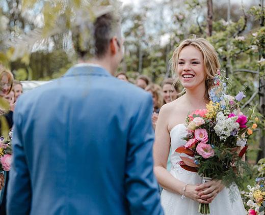 aanbod-knapsels-bruidsstyling-je-gaat-trouwen